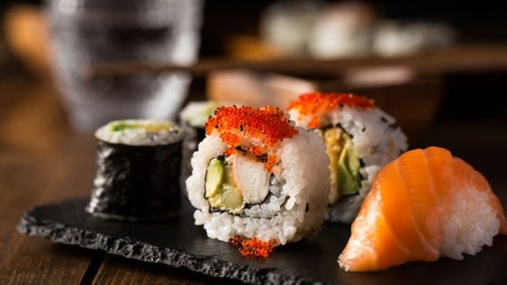 Suzuki_Kaizen the art of perfection - close-up sushi (1).jpg