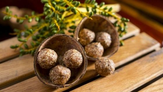 Suzuki_Coconut Date Balls.jpg