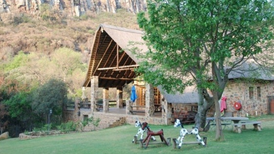 Bartons folly in Hekpoort makes a great nature retreat