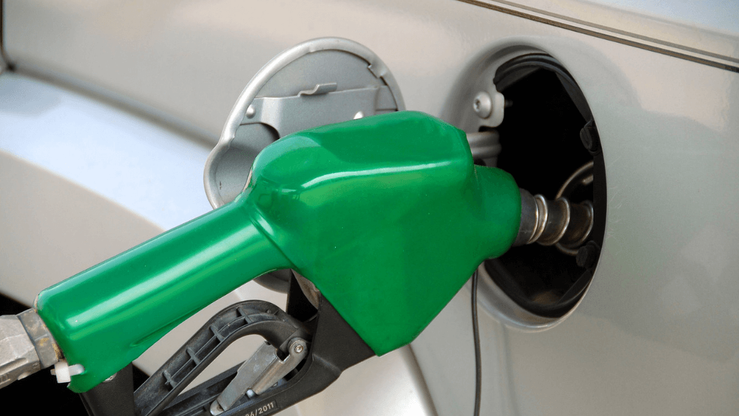How much am I spending this month on fuel with the changing fuel price? [Calculator]