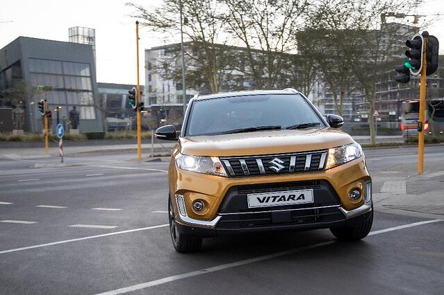 Suzuki Vitara in a cityscape