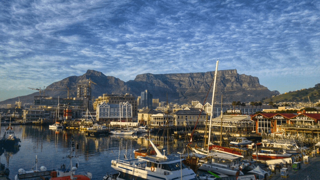 Navigating Cape Town: Tips & tricks for city driving