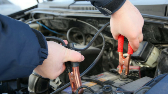 How to jump start your car [infographic]